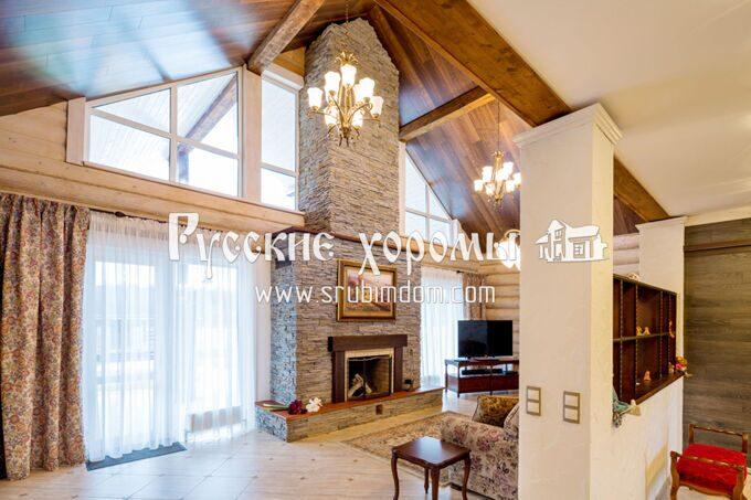 Отделка деревянного дома - отделка потолка досками. Дизайн интерьер деревянного дома.